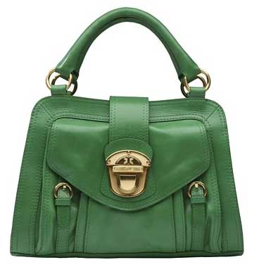 ...to vintage bags to fashion bags that you can choose from.