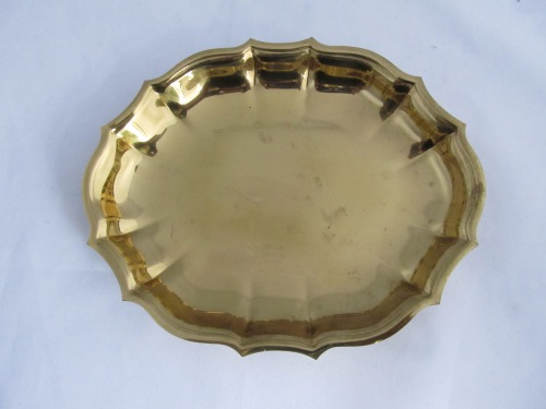 Small Scallop Edge Brass Tray (4)